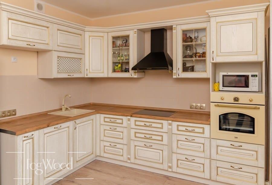 Кухня из массива дерева «Модель 2» по индивидуальным размерам