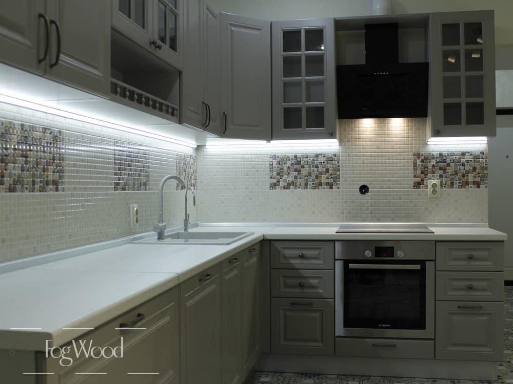 Кухня из массива дерева «Модель 4» по индивидуальным размерам