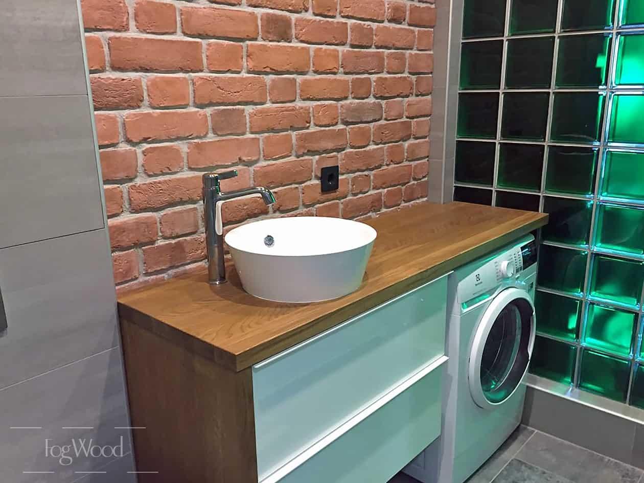 Стол-тумба из массива дуба в ванную комнату, тонированное масло на заказ