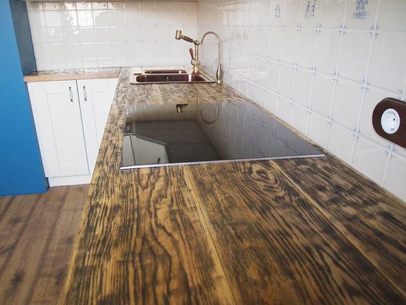 Деревянные столешницы на кухню картинка